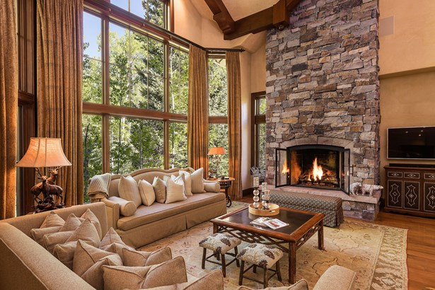 119 Village Walk, Beaver Creek, CO - USA (photo 1)