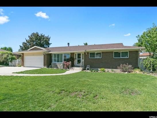 Rambler/Ranch, Single Family - Cottonwood Heights, UT (photo 2)