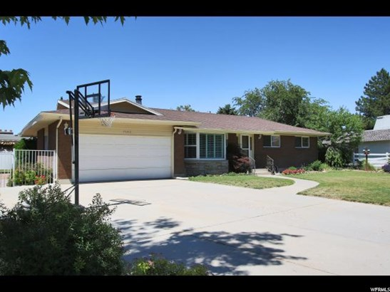 Rambler/Ranch, Single Family - Cottonwood Heights, UT (photo 3)