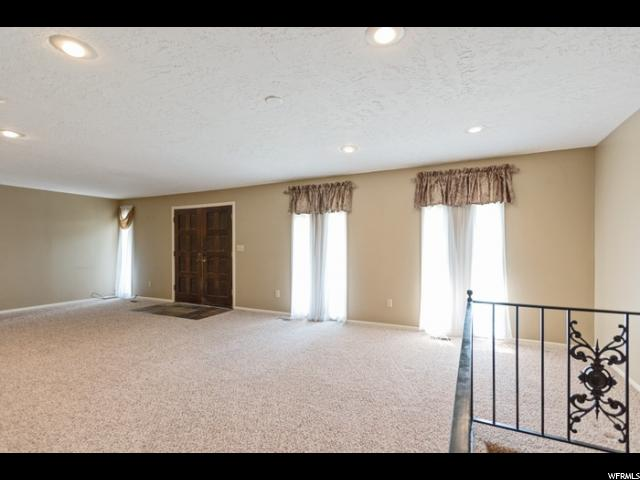 Rambler/Ranch, Single Family - Cottonwood Heights, UT (photo 3)