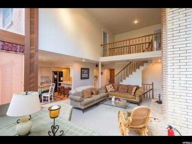 2-Story, Single Family - Cottonwood Heights, UT (photo 4)