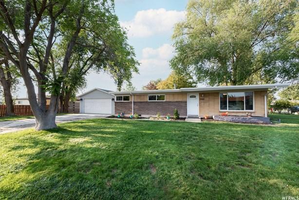 Single Family Residence - West Valley City, UT