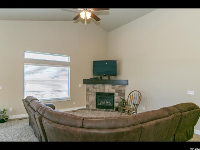 Rambler/Ranch, Single Family - Herriman, UT (photo 4)