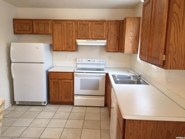 Condo, Townhouse: Row-end - Ogden, UT (photo 5)