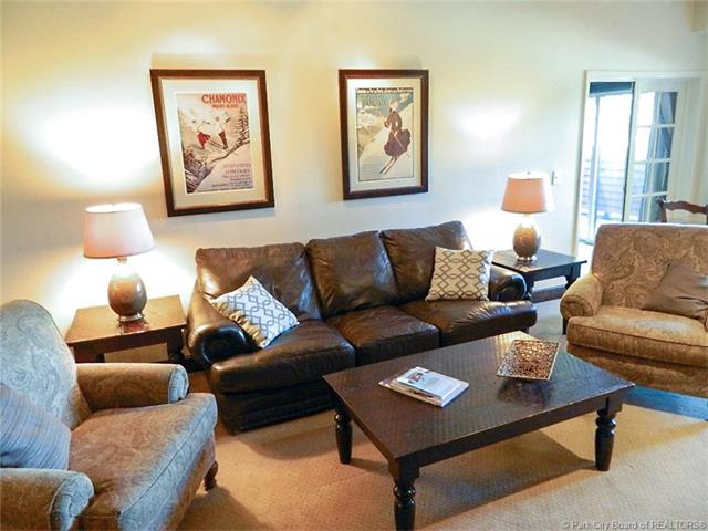 Location, Views, and Numerous Upgrades=Great Park City Opportunity (photo 2)