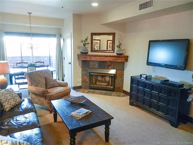 Location, Views, and Numerous Upgrades=Great Park City Opportunity (photo 3)