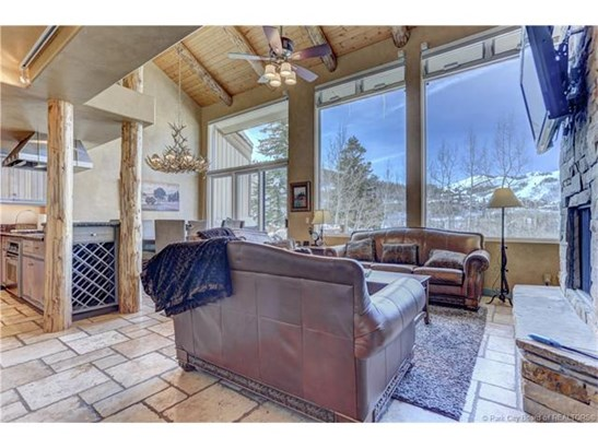 Amazing Upper Deer Valley Townhome with Beautiful Mountain Views! (photo 2)