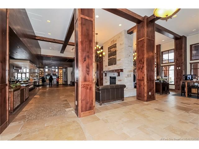 Canyons Village, Ski-in/Ski-out Luxury (photo 5)