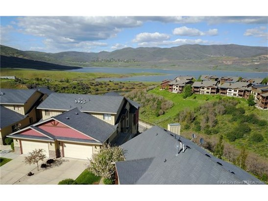 Jordanelle Townhome - 4 Bed / 4 Bath, Main Level Living, Lake Views, Close to DV Skiing/Gondola (photo 1)