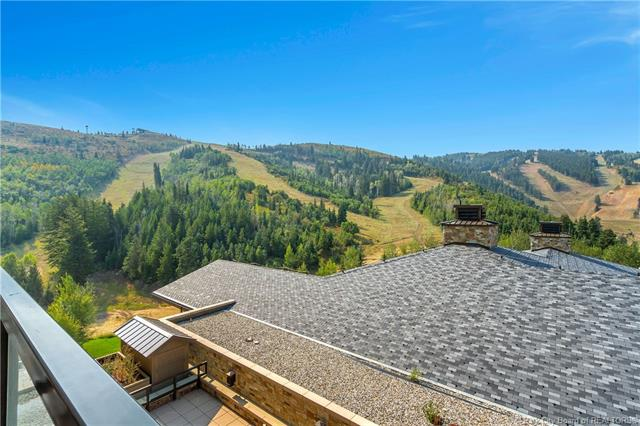 Ultimate Luxury & Over-the-Top Amenities with a Breathtaking View (photo 2)