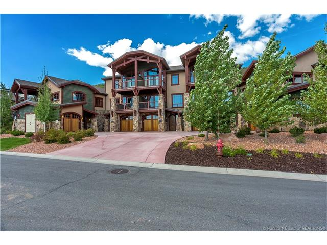 Canyons Townhome - turnkey, furnished - Great Price! (photo 1)