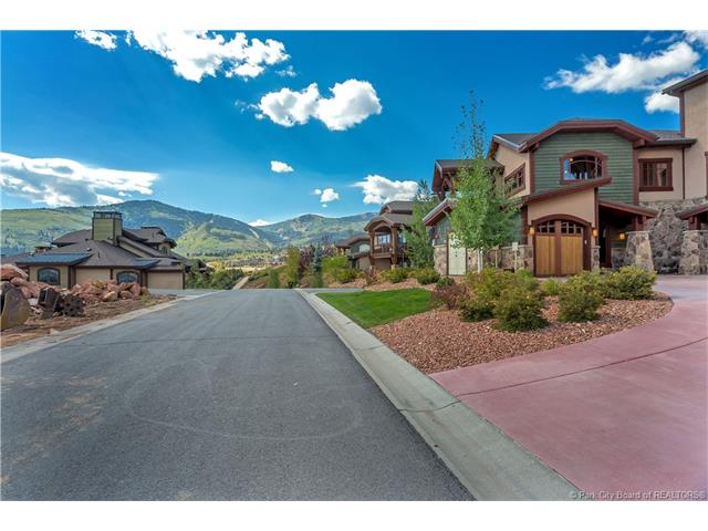 Canyons Townhome - turnkey, furnished - Great Price! (photo 2)