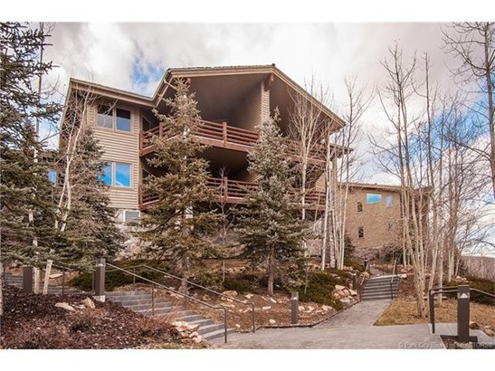 Premiere Deer Valley ski-in, ski-out property (photo 1)