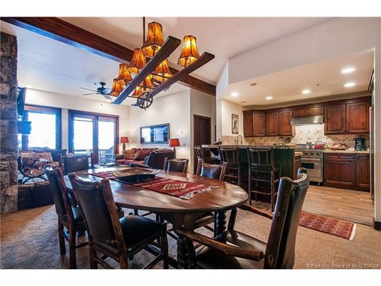 Premiere Deer Valley ski-in, ski-out property (photo 2)