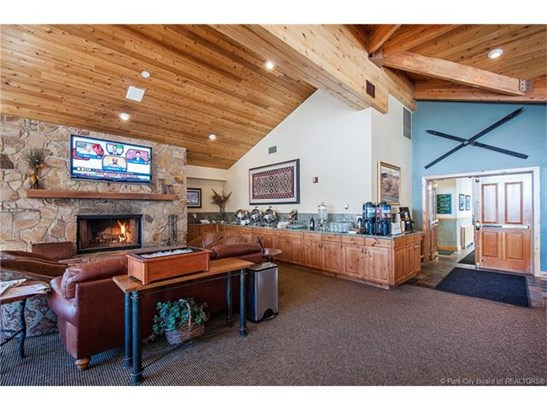 Premiere Deer Valley ski-in, ski-out property (photo 3)