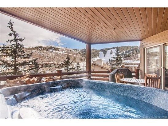 Premiere Deer Valley ski-in, ski-out property (photo 4)