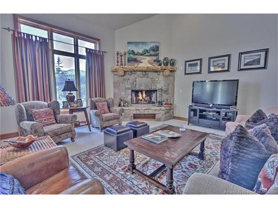 Park Meadows Townhome with Views of both Deer Valley & Park City Slopes (photo 1)