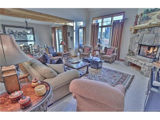 Park Meadows Townhome with Views of both Deer Valley & Park City Slopes (photo 3)