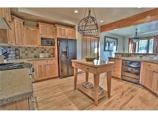 Park Meadows Townhome with Views of both Deer Valley & Park City Slopes (photo 4)
