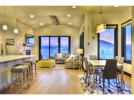 Mountain Modern Contemporary Home Located at Canyons Resort (photo 4)
