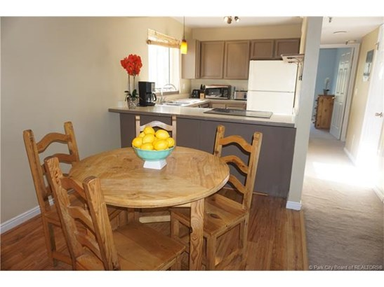 The most affordable 2 bedroom condo in Park City! (photo 2)
