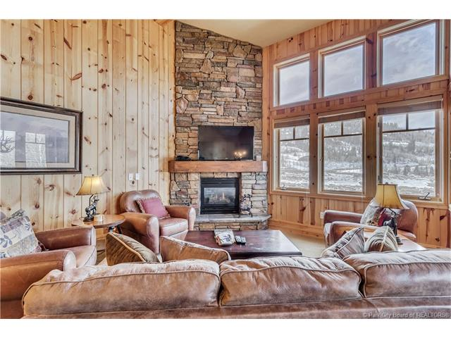 Perfect Turnkey Deer Valley Investment Property (photo 1)