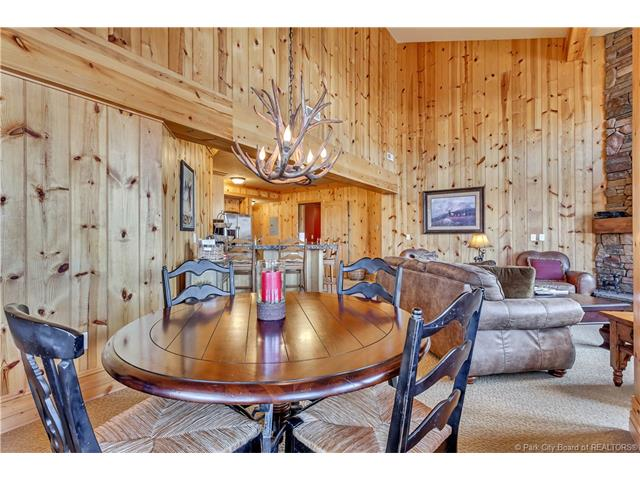 Perfect Turnkey Deer Valley Investment Property (photo 5)