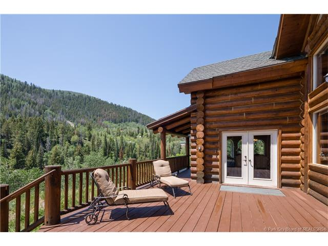 Gorgeous year-round cabin in the Uintas, 30 minutes from Deer Valley (photo 3)