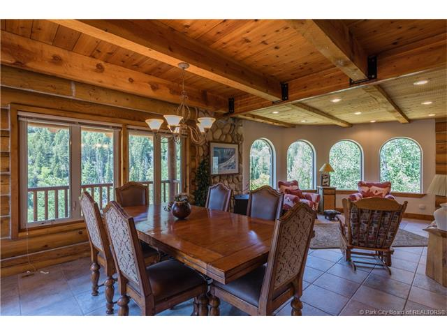 Gorgeous year-round cabin in the Uintas, 30 minutes from Deer Valley (photo 4)