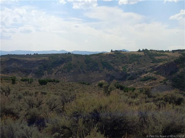 Legacy property in an ideal setting with trophy views awaits savvy buyer. (photo 5)