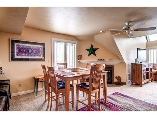 Great Ski In/Ski Out Lodge at Mountain Village 3 Bedroom overlooking First Time/Eagle/Three Kings charilifts (photo 3)