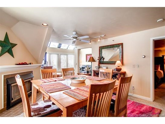 Great Ski In/Ski Out Lodge at Mountain Village 3 Bedroom overlooking First Time/Eagle/Three Kings charilifts (photo 5)