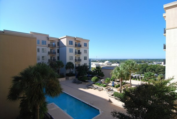 Condo, Traditional - Columbia, SC (photo 1)