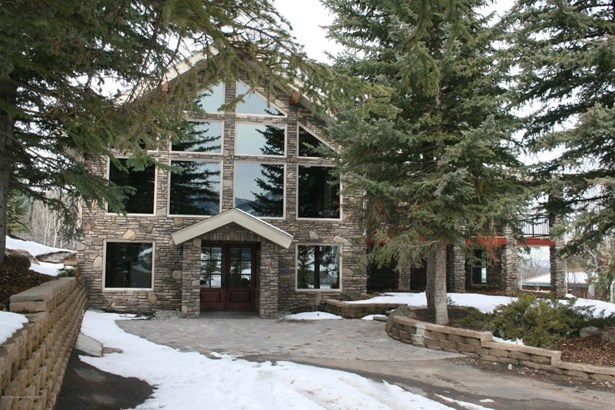 2 Story, Single Family - Bedford, WY