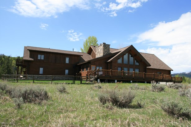 Multilevel, Single Family - Wilson, WY (photo 1)