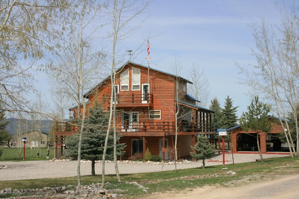 2 Story, Single Family - Star Valley Ranch, WY