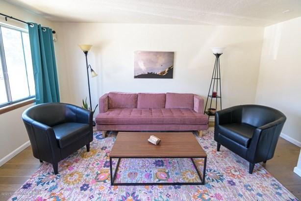 Condo/Townhouse, Multilevel - Jackson, WY