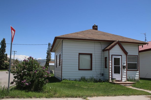 Single Family - Montpelier, ID (photo 2)