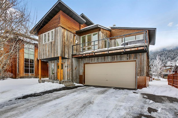 Condo/Townhouse, Multilevel - Jackson, WY (photo 1)