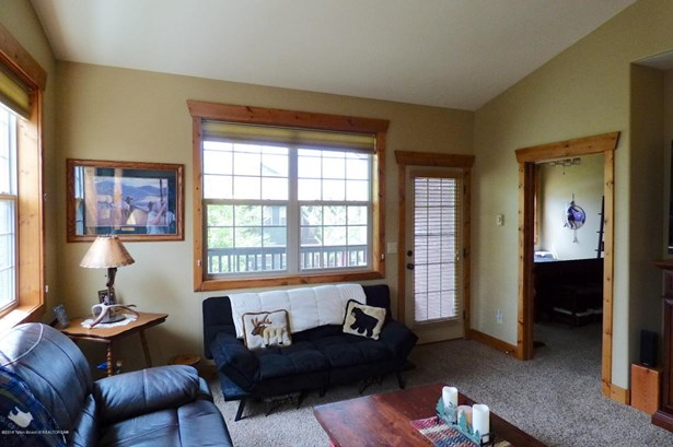 Condo/Townhouse, 1 Story - Driggs, ID (photo 3)
