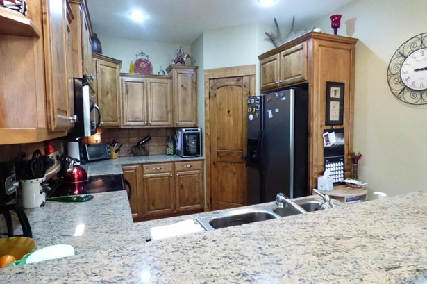Condo/Townhouse, 1 Story - Driggs, ID (photo 5)