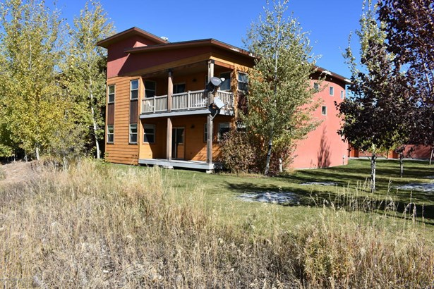 Condo/Townhouse, 2 Story - Victor, ID (photo 2)