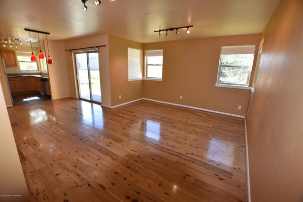 Condo/Townhouse, 2 Story - Victor, ID (photo 4)