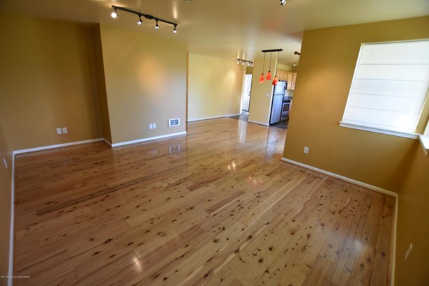 Condo/Townhouse, 2 Story - Victor, ID (photo 5)