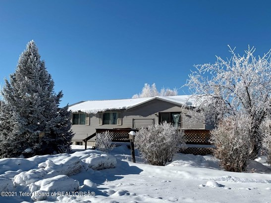 1 Story, Single Family - Grover, WY