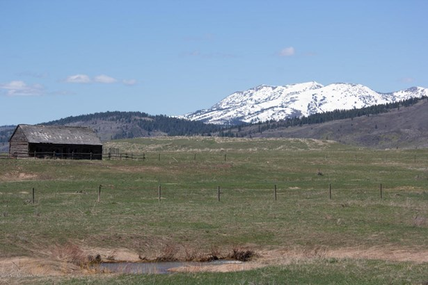 Cattle Ranch, Farm and Ranch - Wayan, ID
