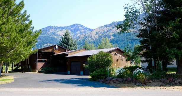 Multilevel, Single Family - Star Valley Ranch, WY (photo 5)