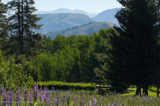 Guest Ranch, Farm and Ranch - Wilson, WY (photo 1)