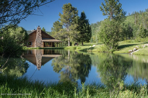 Guest Ranch, Farm and Ranch - Wilson, WY (photo 4)