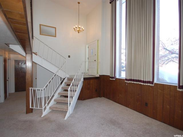 Split-Entry/Bi-Level, Single Family - Ogden, UT (photo 4)